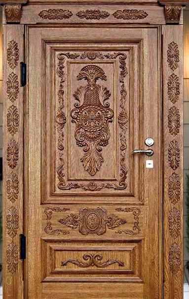 резные деревянные двери