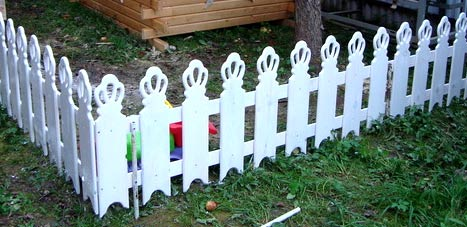 Резной забор из дерева своими руками: шаблоны, установка 14