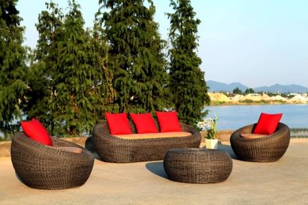 необычная садовая мебель из ротанга