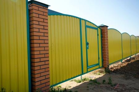 забор из сайдинга
