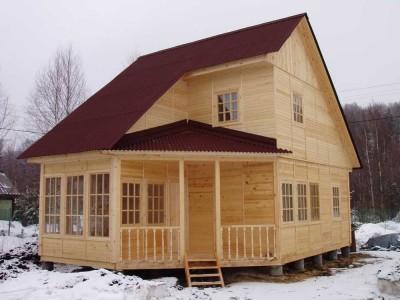 готовый сборный деревянный дом