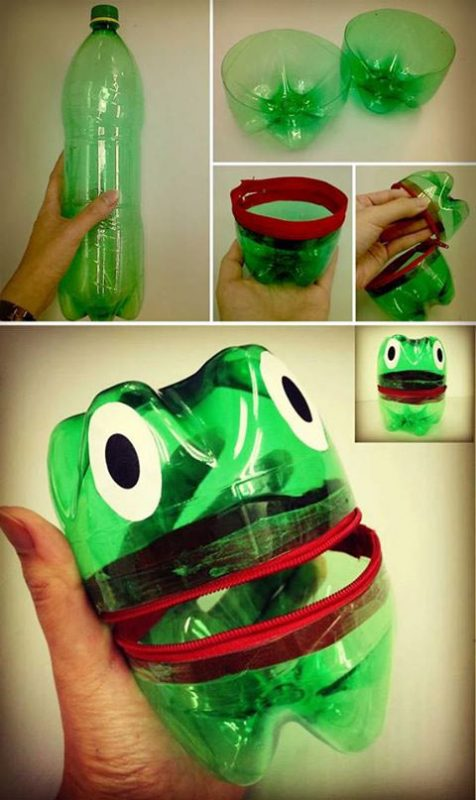 лягушка пластиковые бутылки