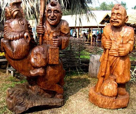 скульптурная резьба по дереву