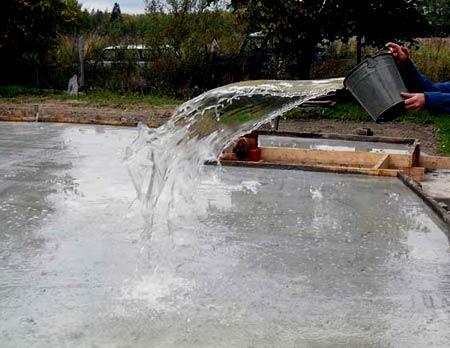 смачивание бетона