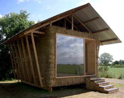 Как построить недорогой летний домик своими руками недорого