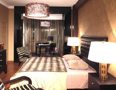 дизайн спальня люстра