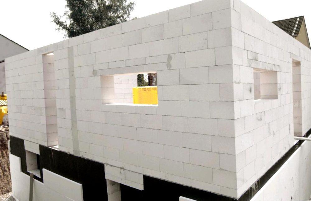 постройка дома из газобетона