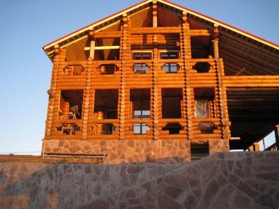строительство многоквартирного дома из дерева