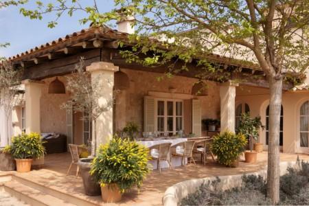 терраса испанского дома