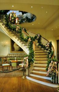 новогоднее украшение коридора