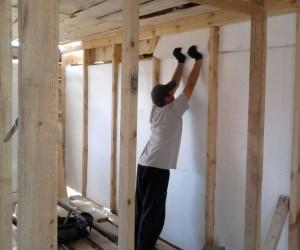 утепление стен каркасного дома внутри пенопластом