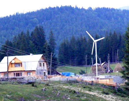 ветряк в горной местности