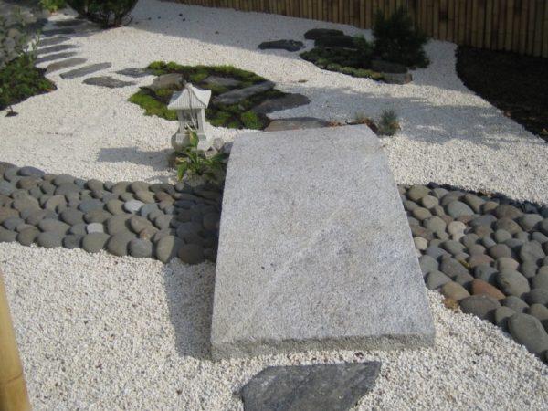 мост из каменной плиты
