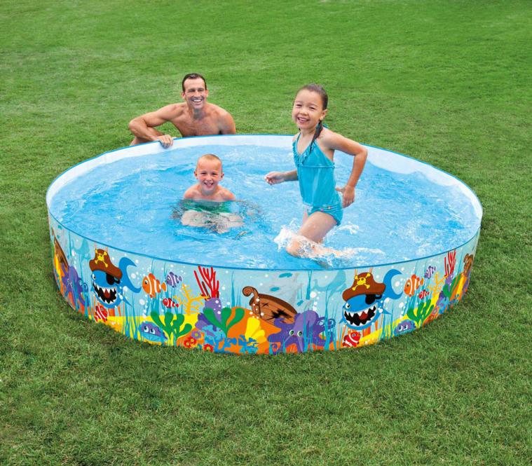 купание семьи