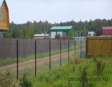 простой забор из сетки-рабицы