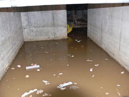 дождь залил гараж