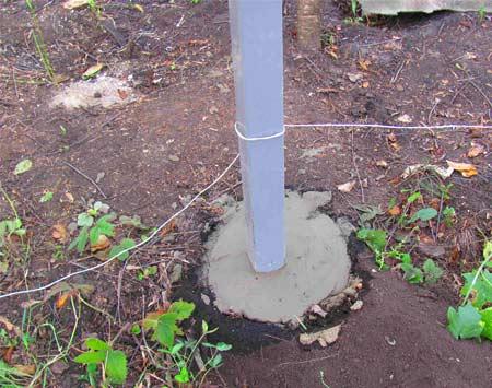 заливка бетоном столбиков